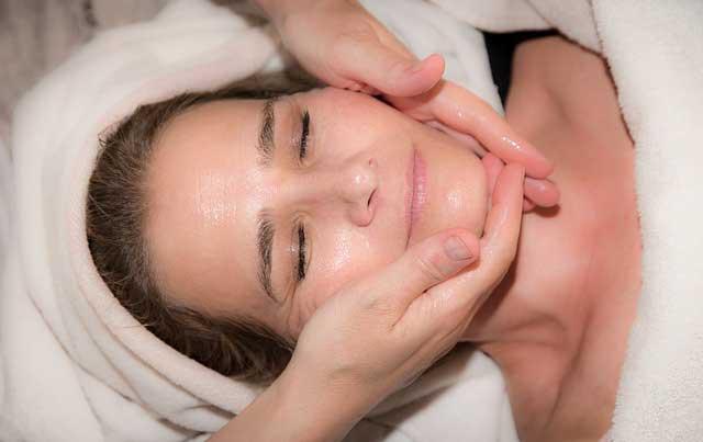 gezichtsmassage,sportmassage
